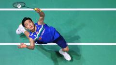 Indosport - Pebulutangkis Kento Momota dianggap media China belum bisa disejajarkan dengan Lin Dan dan Taufik Hidayat sekalipun meraih emas Olimpiade Tokyo 2020.