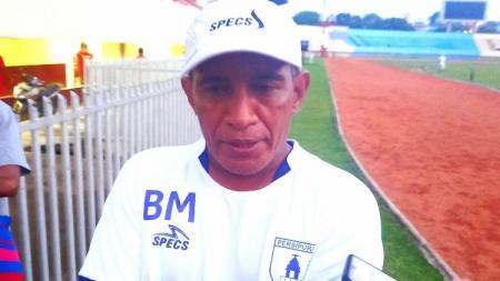 Manajer Persipura, Bento Madubun. - INDOSPORT