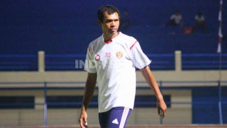 Bek senior Persipura Jayapura, Ricardo Salampessy, mengaku timya sangat fokus menghadapi laga kontra Barito Putera di Liga 1. - INDOSPORT