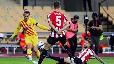 Barcelona menjuarai Copa del Rey usai mengalahkan Athletic Bilbao 4-0 di final, Minggu (18/04/21). Berikut deretan rekor yang tercipta di balik kesuksesan itu. - INDOSPORT