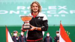 Indosport - Stefanos Tsitsipas menjuarai Monte-Carlo Masters.