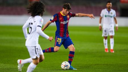 Aksi Sergi Roberto di laga Barcelona vs Getafe. - INDOSPORT