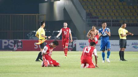 Persib Bandung kalah atas Persija pada leg kedua final Piala Menpora 2021 di Stadion Manahan Solo, Minggu (25/04/21). - INDOSPORT