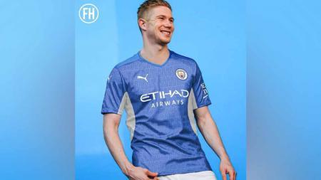 Jersey Manchester City 2021-22. - INDOSPORT
