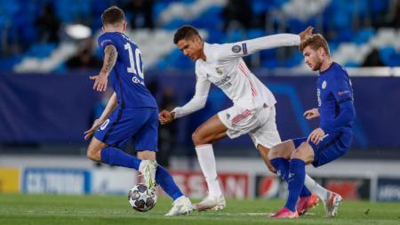 Salah satu wakil Inggris di semifinal Liga Champions, Chelsea, diprediksi tampil pincang usai dua bintang mereka dipastikan absen jelang lawan Real Madrid. - INDOSPORT