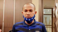 Indosport - Kapten Persib, Supardi Nasir, saat ditemui di salah satu hotel di Bandung, Senin (26/04/21).
