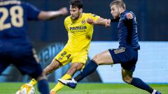 Indosport - Bek Villarreal, Alfonso Pedraza (jersey kuning) yang jadi incaran Chelsea.