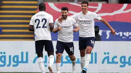 Selebrasi gol Sergio Aguero di laga Crystal Palace vs Manchester City. - INDOSPORT
