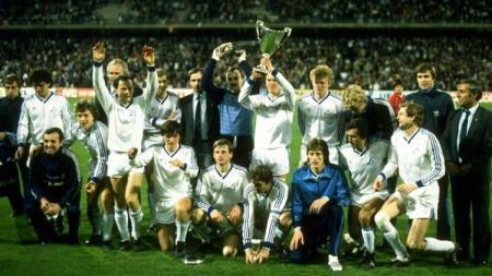Raksasa Uni Soviet, Dynamo Kyiv, menjuarai Piala Winners usai mengalahkan Atletico Madrid di final, 2 Mei 1986. - INDOSPORT
