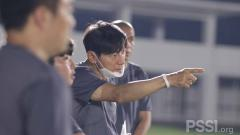 Indosport - Media Malaysia Kaget Asisten Baru Shin Tae-yong Ternyata Pelatih Top Korea.