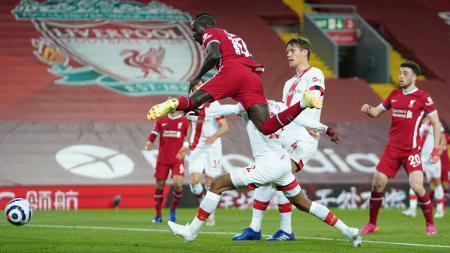 Berikut hasil dan jalannya pertandingan pekan ke-35 Liga Inggris 2020/21 antara Liverpool vs Southampton, Minggu (09/05/21) pukul 02.15 WIB di Anfield Stadium. - INDOSPORT
