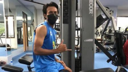 Eks Timnas Indonesia U-19, Yudha Febrian belum lama diresmikan sebagai pemain anyar klub Liga 1, Persik Kediri. Dia lantas diperingati agar tidak membuat ulah. - INDOSPORT