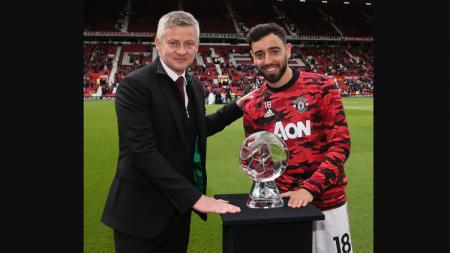 Bruno Fernandes jadi pemenang gol terbaik Manchester United musim ini. - INDOSPORT