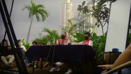 Pertemuan pihak Persija Jakarta dengan Media di kawasan Kemang, Jakarta Selatan, Rabu (19/05/21). - INDOSPORT