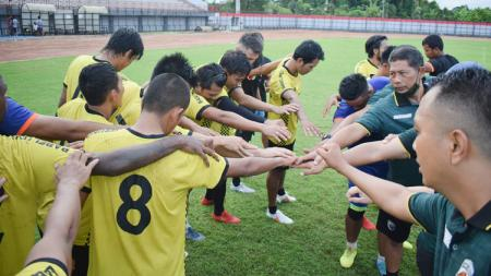 Muba Babel United mulai menjalani latihan perdana pasca libur Idul Fitri. - INDOSPORT