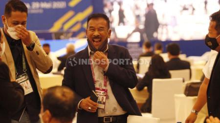 Komisaris PT Persib Bandung Bermartabat (PBB), Umuh Muchtar saat menghadiri Kongres PSSI di Hotel Raffle, Jakarta, Sabtu (29/05/21). - INDOSPORT