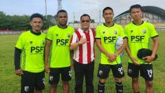 Indosport - Gosner Komboy, Yan Pieter, Manajer MBU, Soni Setiawan, Ade Ivan.