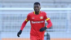 Indosport - Edmond Tapsoba, pemain Bayer Leverkusen.