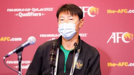 Shin Tae-yong, pelatih Timnas Indonesia. - INDOSPORT