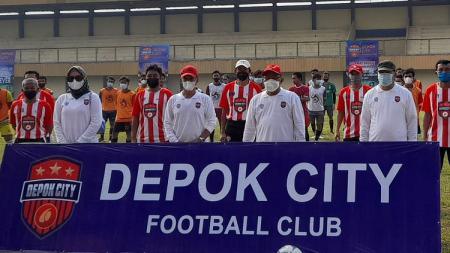 Seleksi pemain Depok City untuk Liga 3 2021 di Stadion Mahakam dihadiri Wali kota Depok, Mohammad Idris, Selasa (1/6/21). - INDOSPORT
