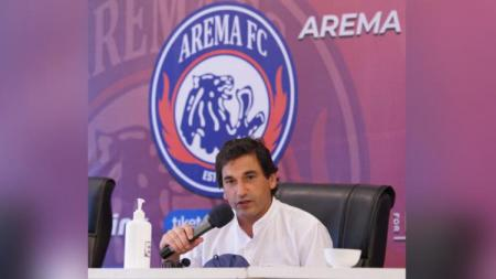 Pelatih Arema FC, Eduardo Almeida. - INDOSPORT
