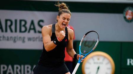 Petenis peringkat 18 dunia, Maria Sakkari mengaku tidak bisa berkata-kata setelah berhasil mengalahkan juara bertahan Prancis Terbuka, Iga Swiatek. - INDOSPORT