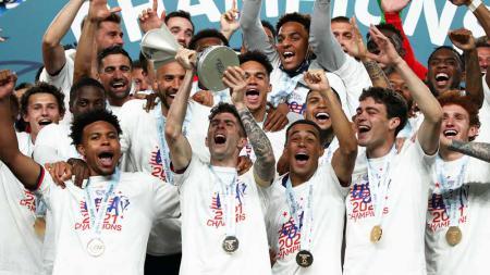 Christian Pulisic berhasil membawa Timnas AS juara CONCACAF Nations League. - INDOSPORT