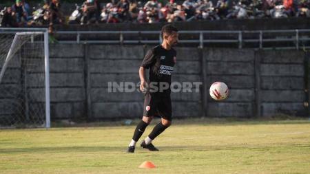 Rekrutan anyar PSM Makassar untuk Liga 1 2021/22, Frisca Elisa Womsiwor. - INDOSPORT