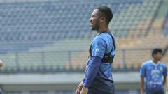 Indosport - Pelatih Persib Bandung, Robert Rene Alberts, menilai Ardi Idrus sudah berusaha menampilkan permainan terbaiknya pada tiga pertandingan kompetisi BRI Liga 1 2021