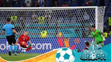 Merih Demiral pecahkan rekor memalukan ketika Timnas Turki dibantai Timnas Italia di Euro 2020. - INDOSPORT