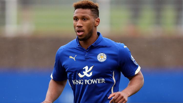 Alie Sesay, Eks Leicester City yang Merapat ke Persebaya Copyright: Plumb Images/Leicester City FC via Getty Images