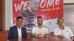 Perkenalan Rafael Silva sebagai striker asing baru Madura United.