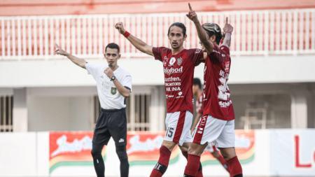 Bali United menegaskan komitmen untuk tetap berpartisipasi dalam turnamen pramusim bertajuk Piala Walikota Solo 2021. Tim pelatih akan menurunkan skuat terbaik. - INDOSPORT