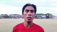 Indosport - Bek klub Liga 1 PSM Makassar, Erwin Gutawa.