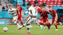 Cristiano Ronaldo berhasil mengeksekusi penalti di laga Hungaria vs Portugal.
