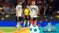 Indosport - Jonas Hector dan Toni Kroos pemain sepakbola Jerman