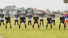 Indosport - Meski sedang PPKM Darurat, Dewa United tetap menggelar latihan rutin.