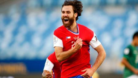 Ben Brereton merayakan gol kemenangan Chile atas Bolivia di Copa America - INDOSPORT
