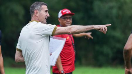 Pelatih Persija Jakarta, Angelo Alessio. - INDOSPORT