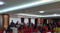 Indosport - Suasana Vaksinasi atlet Papua.