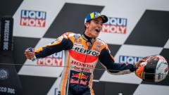 Indosport - Marc Marquez saat merayakan podium di MotoGP Jerman 2021.