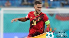 Indosport - Timnas Belgia memberi kabar terbaru mengenai dua bintang mereka, Eden Hazard dan Kevin De Bruyne, jelang lawan Timnas Italia di babak perempatfinal Euro 2020.