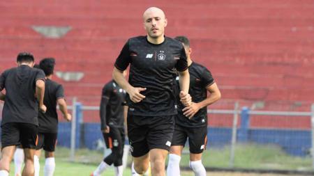 Youssef Ezzejari Lhasnaoui, striker anyar Persik berpaspor Spanyol & Maroko. - INDOSPORT