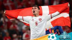 Indosport - Selebrasi Andreas Christensen di laga Euro 2020 Rusia vs Denmark.