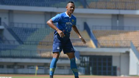 Sansan Fauzi mengaku siap untuk menampilkan permainan terbaiknya, jika mendapat kesempatan main pada pertandingan uji coba Liga 1 Persib Bandung vs Sriwijaya. - INDOSPORT