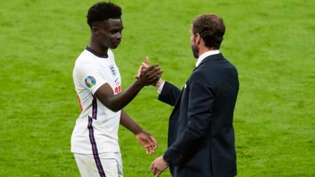 Bukayo Saka dan Gareth Southgate di Euro 2020. - INDOSPORT