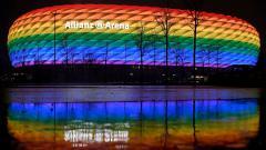 Indosport - Allianz Arena dengan warna pelangi
