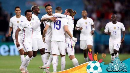 Selebrasi Karim Benzema bersama para pemain Prancis lainnya usai mencetak gol ke gawang Portugal di Euro 2020. - INDOSPORT