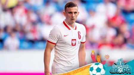 Sukses jadi pemain termuda di Euro Kacper Kozlowski kini jadi rebutan Juventus dan Manchester United. Berikut 3 fakta tentang wonderkid Polandia ini. - INDOSPORT