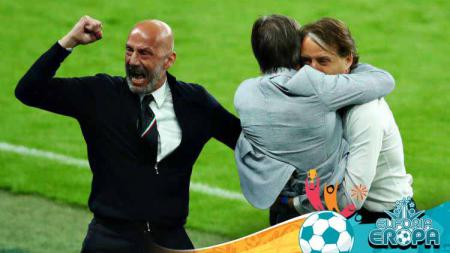 Selebrasi Gianluca Vialli dan Roberto Mancini di laga Euro 2020 Italia vs Austria. - INDOSPORT